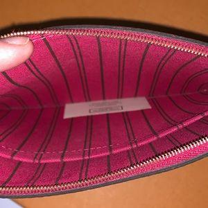 Louis Vuitton Bags - ✨LOUIS VUITTON POCHETTE NEVERFULL MONOGRAM
